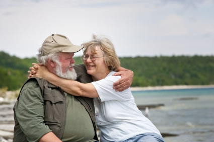 older happy Couple Aging, overweight people stay happy says new study